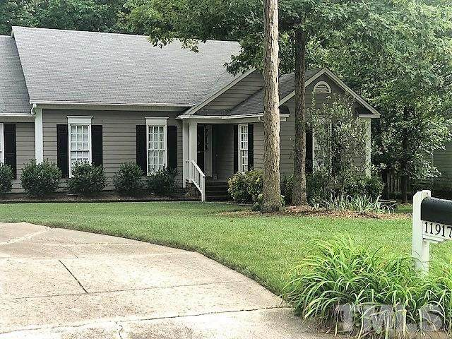 11917 N Exeter Way, Raleigh, NC 27613 (MLS #2399876) :: On Point Realty