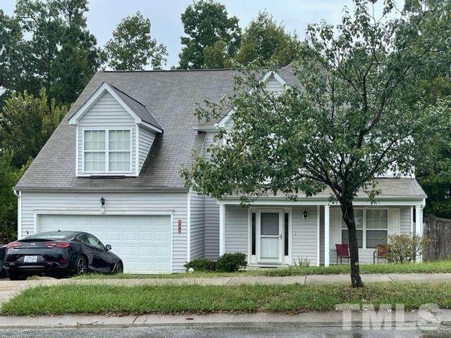 609 Holly Thorn Trace, Holly Springs, NC 27540 (#2409203) :: Marti Hampton Team brokered by eXp Realty