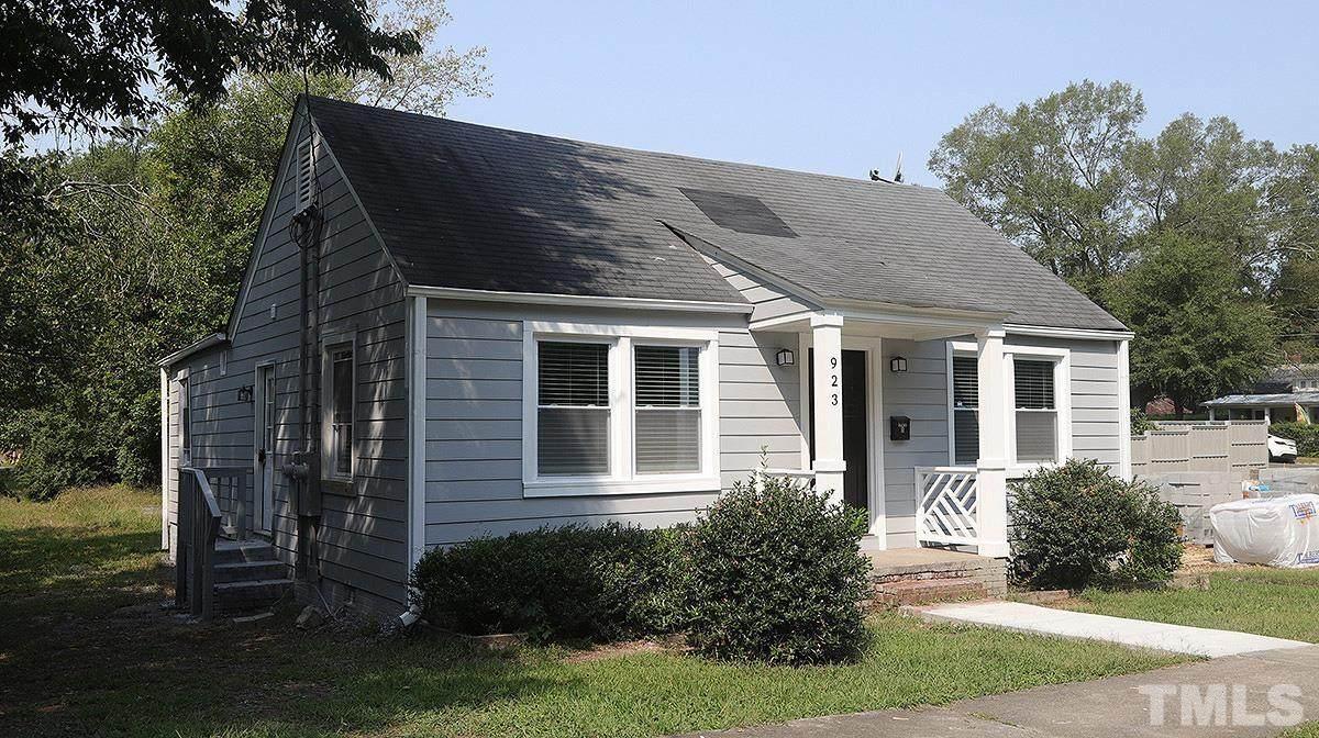 923 Clarendon Street - Photo 1