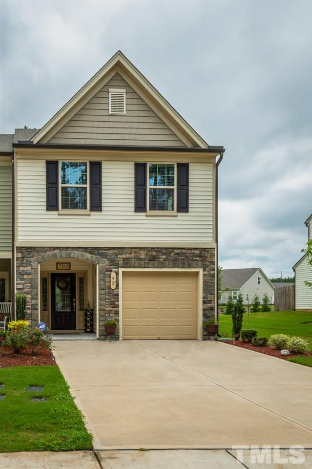 92 River Dell Townes Avenue, Clayton, NC 27527 (#2209136) :: Marti Hampton Team - Re/Max One Realty