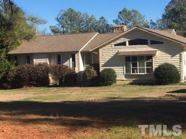 6504 Alexander Drive, Chapel Hill, NC 27514 (#2295697) :: Marti Hampton Team - Re/Max One Realty