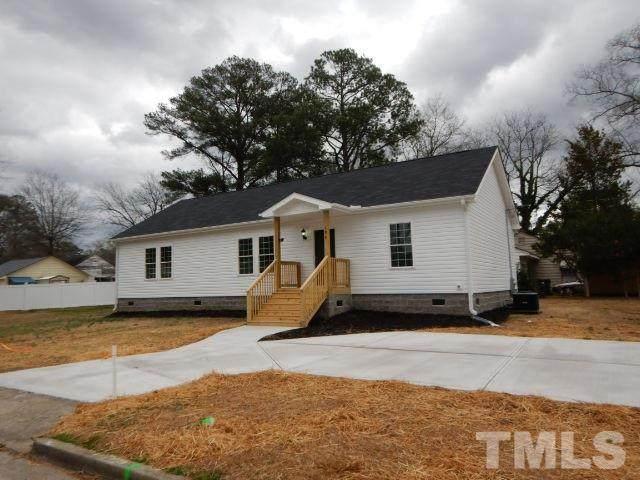 100 N Brevard Street, Selma, NC 27576 (#2301118) :: The Beth Hines Team