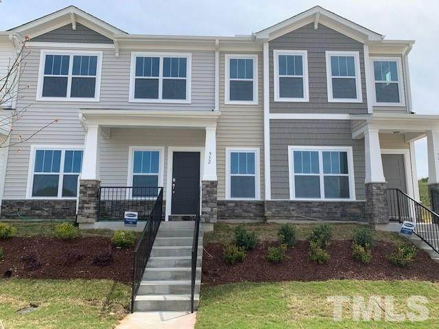 952 Robbie Jackson Lane, Fuquay Varina, NC 27526 (#2304147) :: RE/MAX Real Estate Service