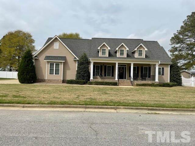 504 S Lincoln Street, Benson, NC 27504 (#2374933) :: Southern Realty Group
