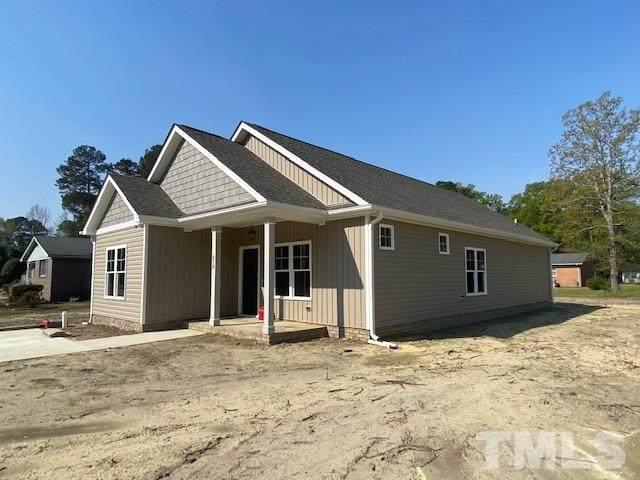313 Birch Street, Smithfield, NC 27577 (#2355329) :: Southern Realty Group