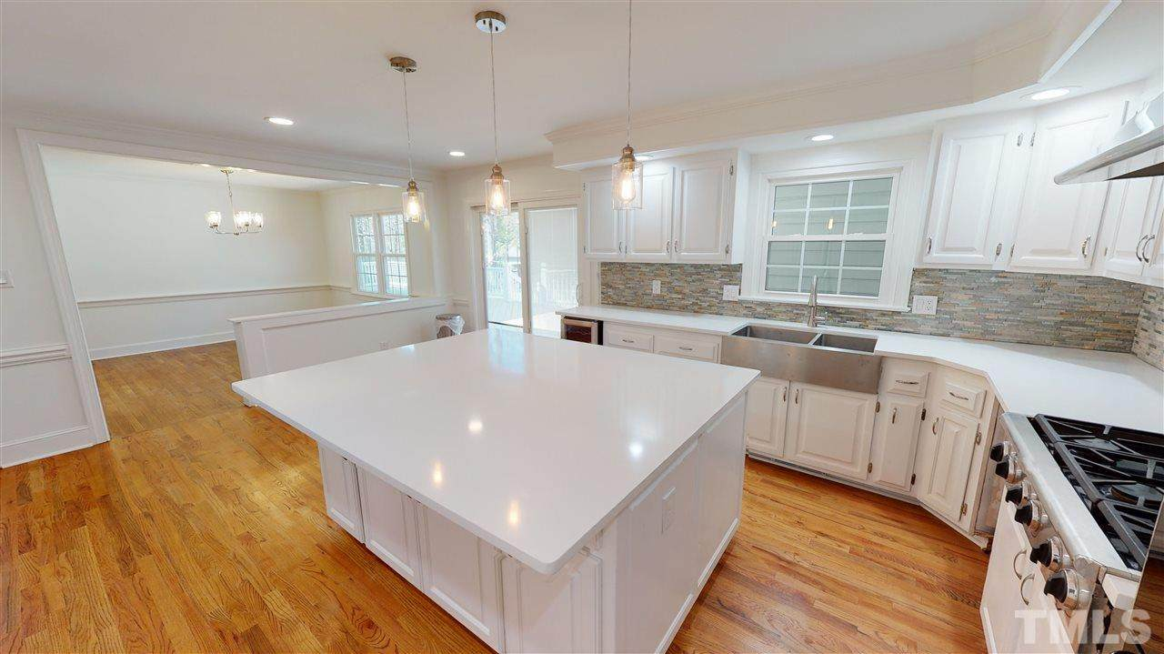 112 Queensferry Drive - Photo 1