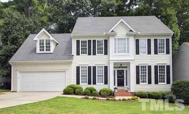 2310 Watersglen Drive, Apex, NC 27502 (#2183088) :: The Perry Group