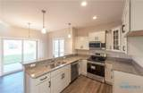 2354 Goldenrod - Photo 4