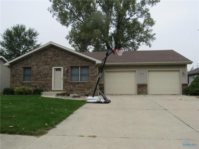 223 Valleywoods, Swanton, OH 43558 (MLS #6031442) :: Office of Ivan Smith