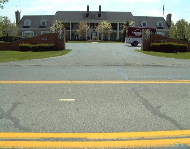 4243 W Bancroft 105E, Ottawa Hills, OH 43615 (MLS #6035775) :: Key Realty