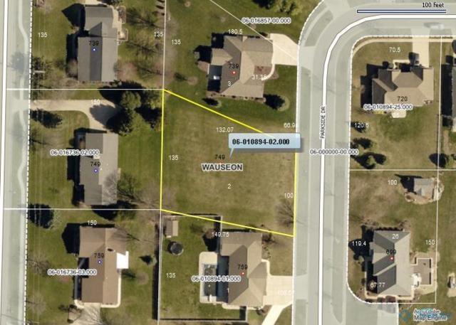 749 Parkside, Wauseon, OH 43567 (MLS #6037970) :: Key Realty