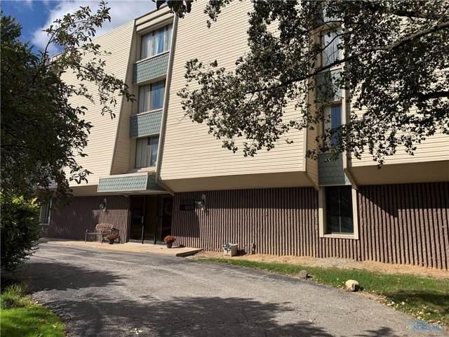 5860 Cresthaven 2C, Toledo, OH 43614 (MLS #6046507) :: Key Realty