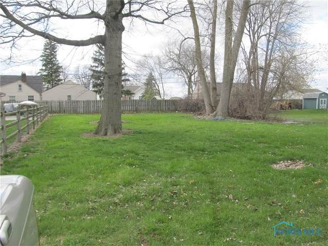 2061 W Baywood, Oregon, OH 43616 (MLS #6052666) :: The Kinder Team
