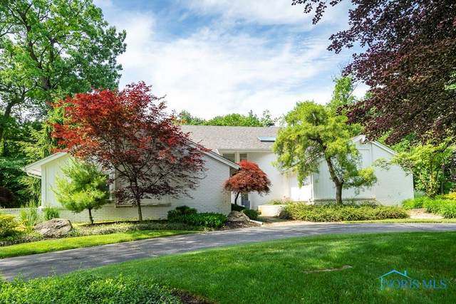 2835 Secretariat, Ottawa Hills, OH 43615 (MLS #6053463) :: Key Realty