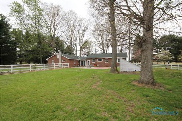 t898 County Road 3, Liberty Center, OH 43532 (MLS #6055871) :: Key Realty