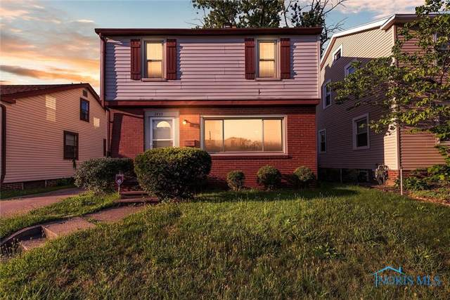 2435 W Sylvania, Toledo, OH 43613 (MLS #6057217) :: CCR, Realtors