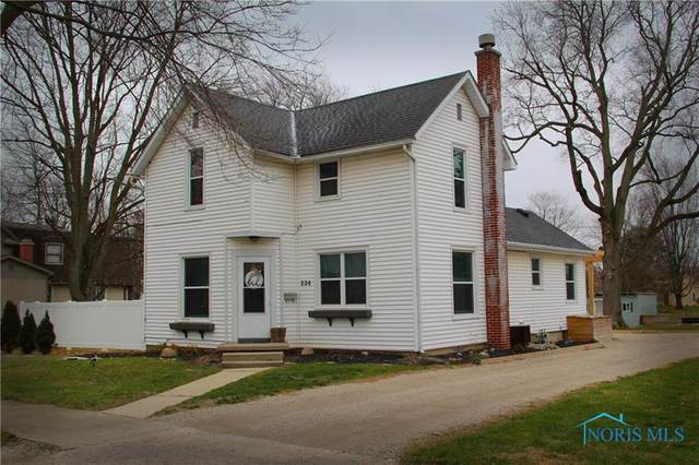 224 E Superior, Wauseon, OH 43567 (MLS #6064805) :: The Kinder Team