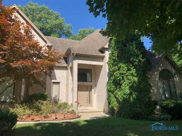 4815 Country Walk, Sylvania, OH 43560 (MLS #6065220) :: The Kinder Team