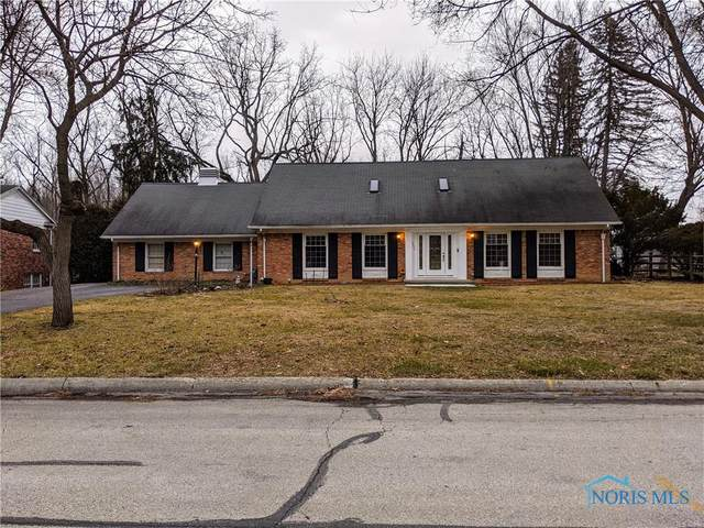 5034 Chatham Valley, Toledo, OH 43615 (MLS #6065611) :: CCR, Realtors