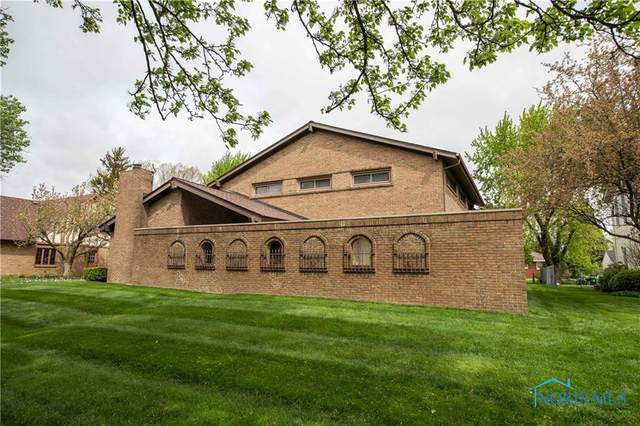 3241 Springtime Drive, Oregon, OH 43616 (MLS #6070186) :: CCR, Realtors