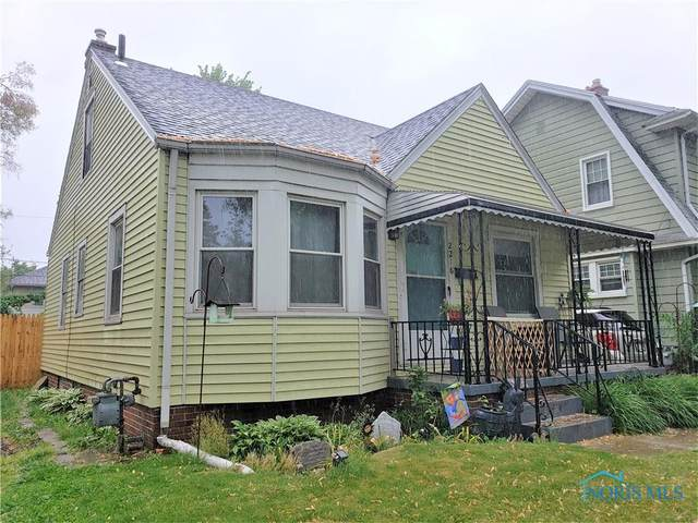 2218 Portsmouth Avenue, Toledo, OH 43613 (MLS #6071243) :: CCR, Realtors