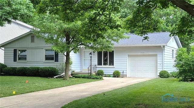 1060 Village Drive, Bowling Green, OH 43402 (MLS #6072065) :: CCR, Realtors