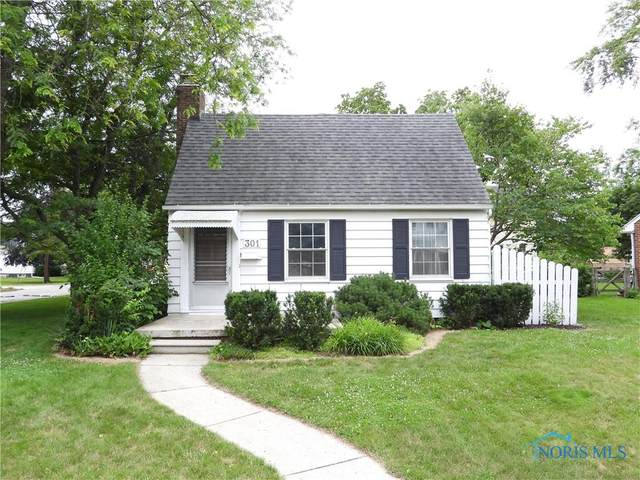301 Hillcrest Place, Rossford, OH 43460 (MLS #6074276) :: CCR, Realtors
