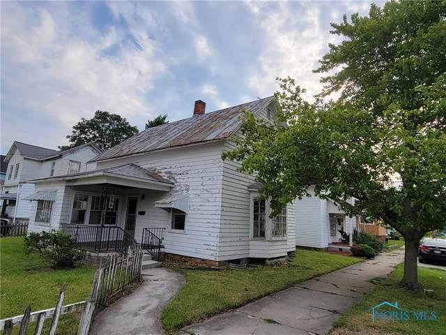 200 E North Street, Fostoria, OH 44830 (MLS #6074301) :: Key Realty