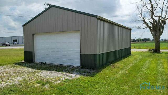 8208 N State Route 66, Defiance, OH 43512 (MLS #6076368) :: iLink Real Estate