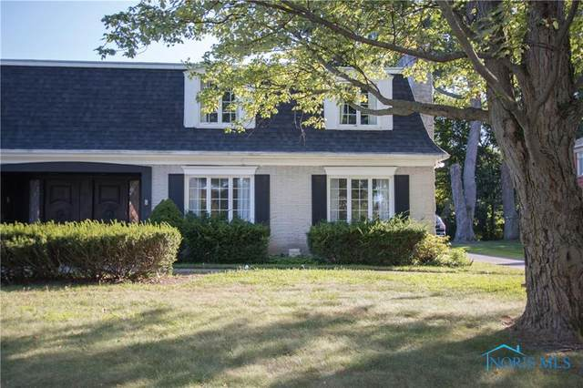 3925 Hillandale W Road, Ottawa Hills, OH 43606 (MLS #6076684) :: iLink Real Estate