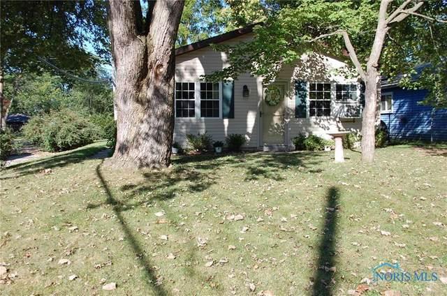 5501 Grey Drive, Sylvania, OH 43560 (MLS #6076916) :: Key Realty