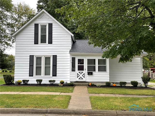 214 Fairview Street, Montpelier, OH 43543 (MLS #6077703) :: RE/MAX Masters