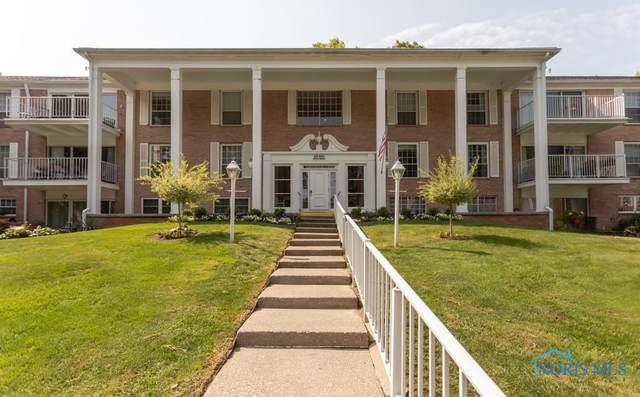 5679 Monroe Street #917, Sylvania, OH 43560 (MLS #6077780) :: iLink Real Estate