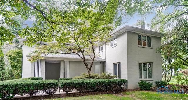 2403 Evergreen Road, Ottawa Hills, OH 43606 (MLS #6078442) :: iLink Real Estate