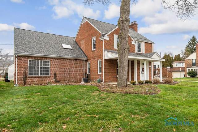 2429 Manchester, Ottawa Hills, OH 43606 (MLS #6049194) :: The Home2Home Team