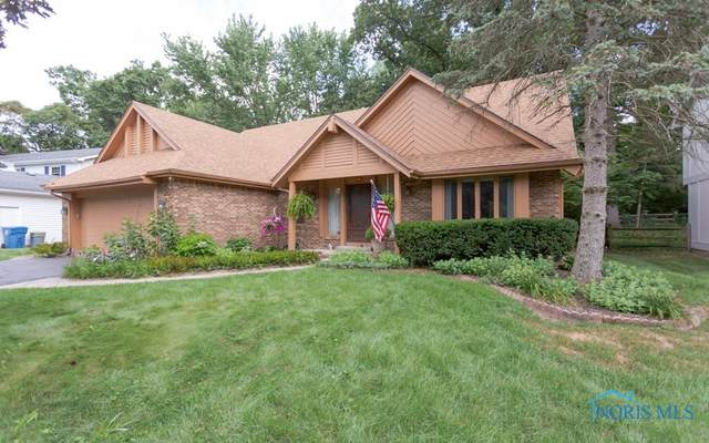 7046 Regents Park, Toledo, OH 43617 (MLS #6057042) :: The Kinder Team