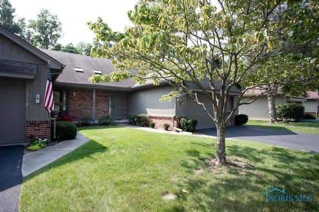 4221 Oak Tree #4221, Toledo, OH 43623 (MLS #6058822) :: CCR, Realtors