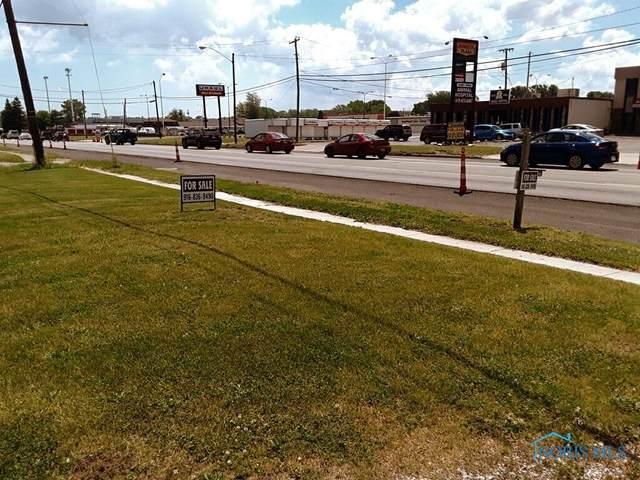 1850 W Alexis Road, Toledo, OH 43613 (MLS #6069243) :: CCR, Realtors