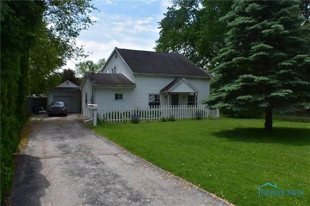 5827 Cook Drive, Toledo, OH 43615 (MLS #6071302) :: CCR, Realtors