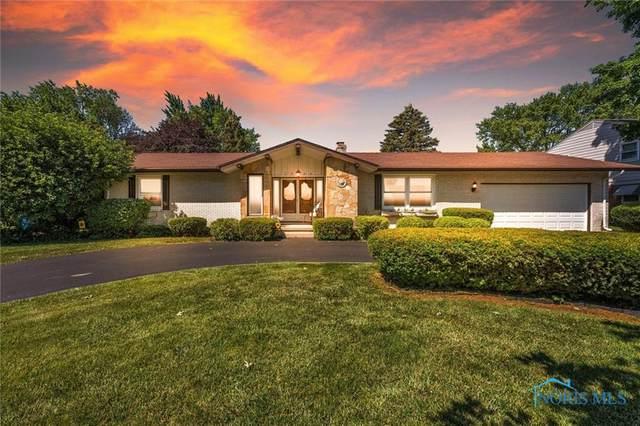 1952 Pinelawn Drive, Toledo, OH 43614 (MLS #6072630) :: CCR, Realtors