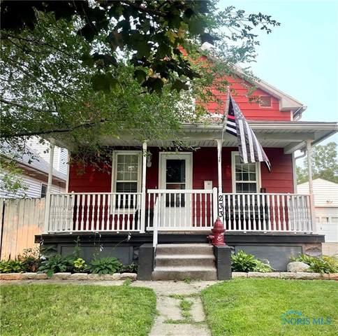 233 Elm Street, Rossford, OH 43460 (MLS #6073663) :: CCR, Realtors