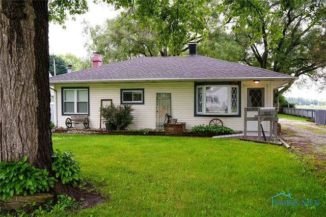 586 Garfield Drive, Perrysburg, OH 43551 (MLS #6073976) :: CCR, Realtors