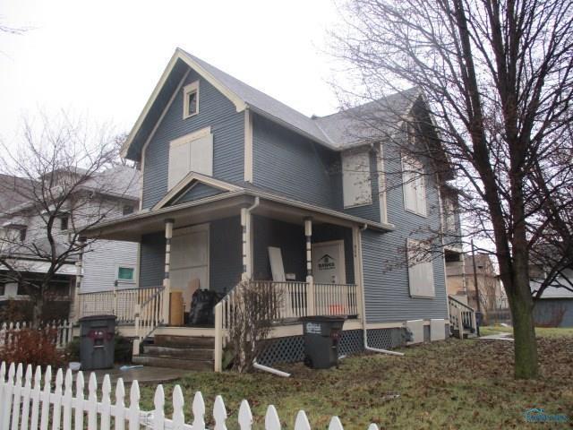 906 Oakwood, Toledo, OH 43607 (MLS #6021640) :: Key Realty