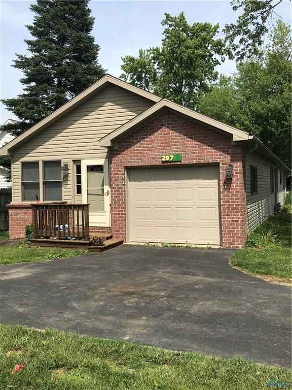 207 Fulton, Lyons, OH 43533 (MLS #6026713) :: Key Realty