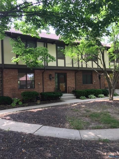 8 Woodview, Perrysburg, OH 43551 (MLS #6027508) :: Key Realty