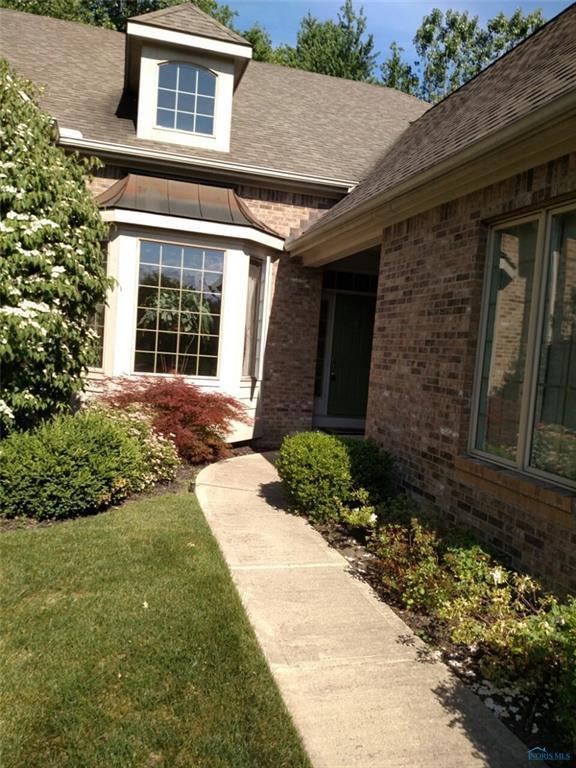 17 Stone Oak, Holland, OH 43528 (MLS #6029185) :: Key Realty