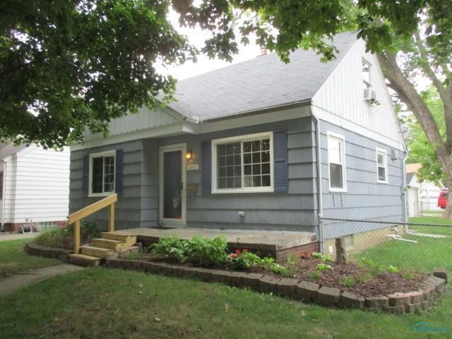 2002 Strathmoor, Toledo, OH 43614 (MLS #6029537) :: RE/MAX Masters