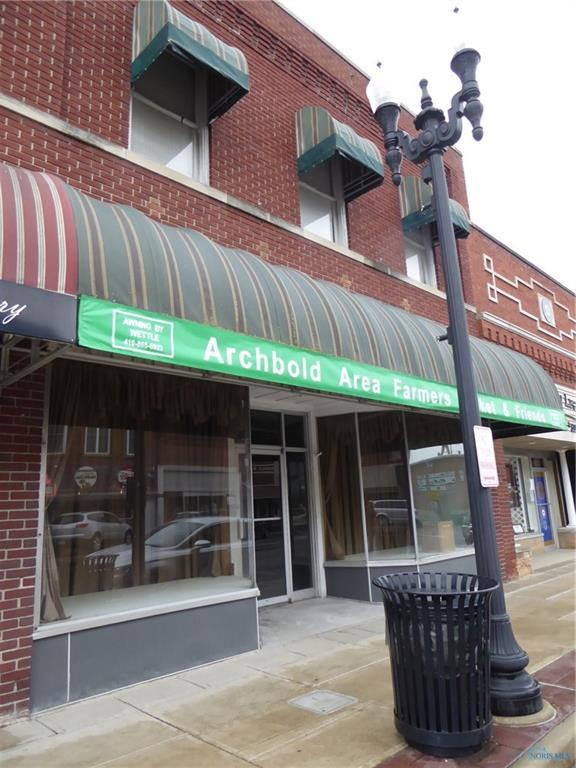 208 N Defiance, Archbold, OH 43502 (MLS #6029580) :: RE/MAX Masters
