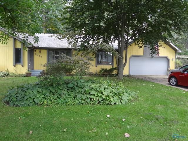 2045 Oakhaven, Toledo, OH 43615 (MLS #6030143) :: Office of Ivan Smith