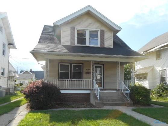 882 Hampton, Toledo, OH 43609 (MLS #6031487) :: RE/MAX Masters